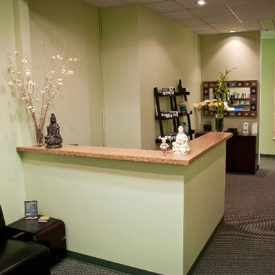 Front desk of acupuncture denver office.